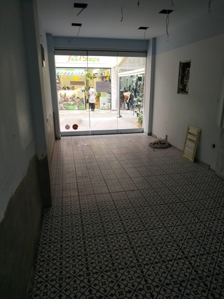 (For Rent) Commercial Retail Shop || Kavala/Kavala - 55 Sq.m, 750€