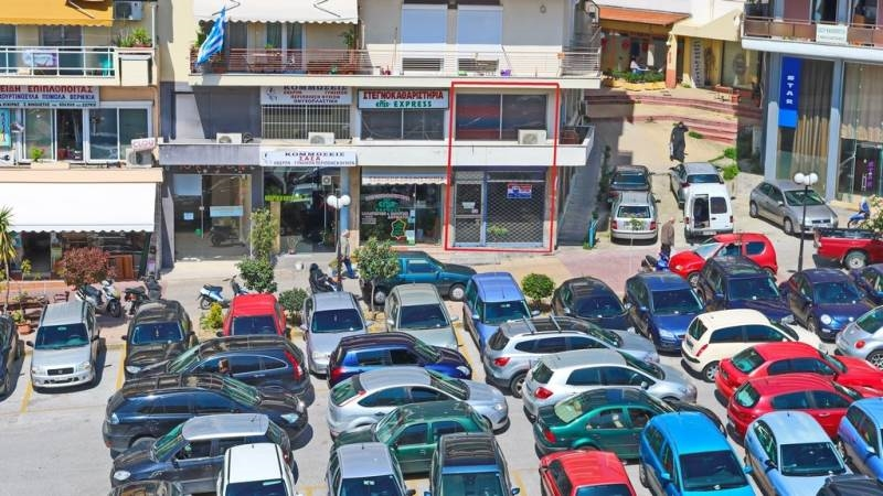 (For Sale) Commercial Retail Shop || Kavala/Kavala - 128 Sq.m, 1 Bedrooms, 130.000€