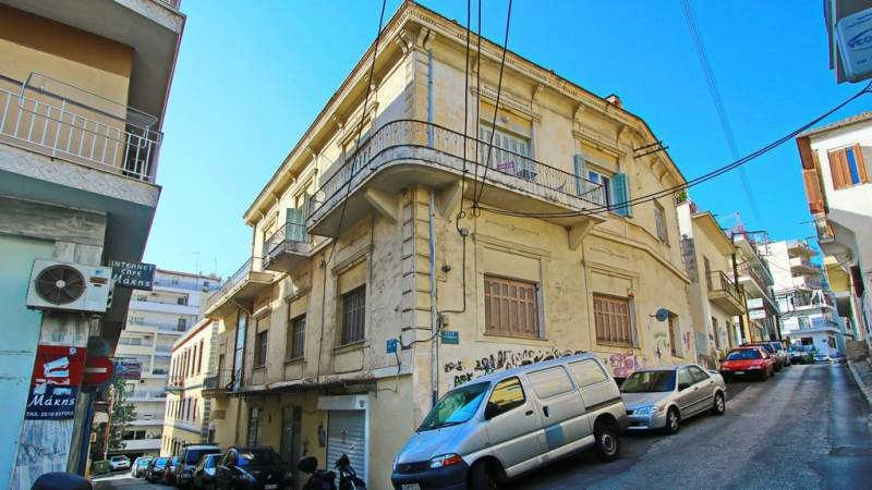 (For Sale) Residential Building || Kavala/Kavala - 1.128 Sq.m, 950.000€