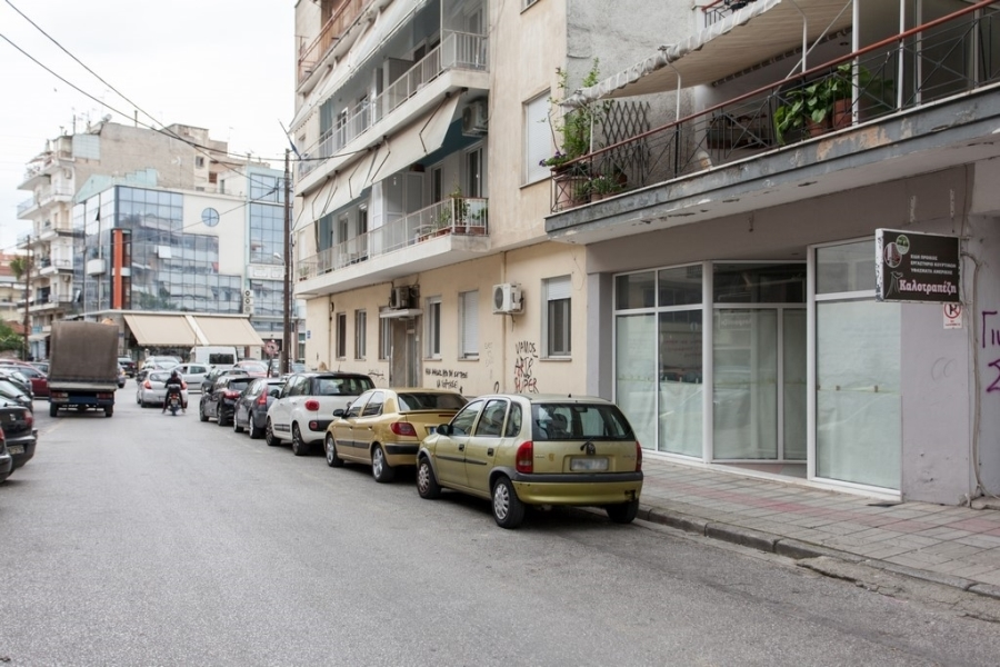 (For Rent) Commercial Retail Shop || Drama/Drama - 244 Sq.m, 400€