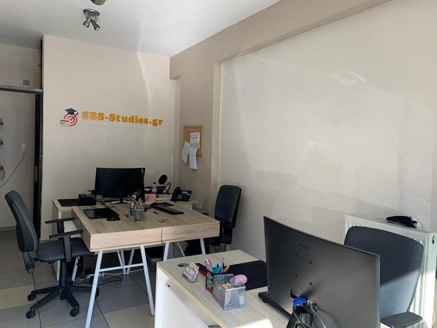 (For Rent) Commercial Commercial Property || Kavala/Kavala - 20 Sq.m, 200€