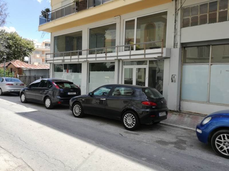 (For Rent) Commercial Retail Shop || Kavala/Chrysoupoli - 150 Sq.m, 350€