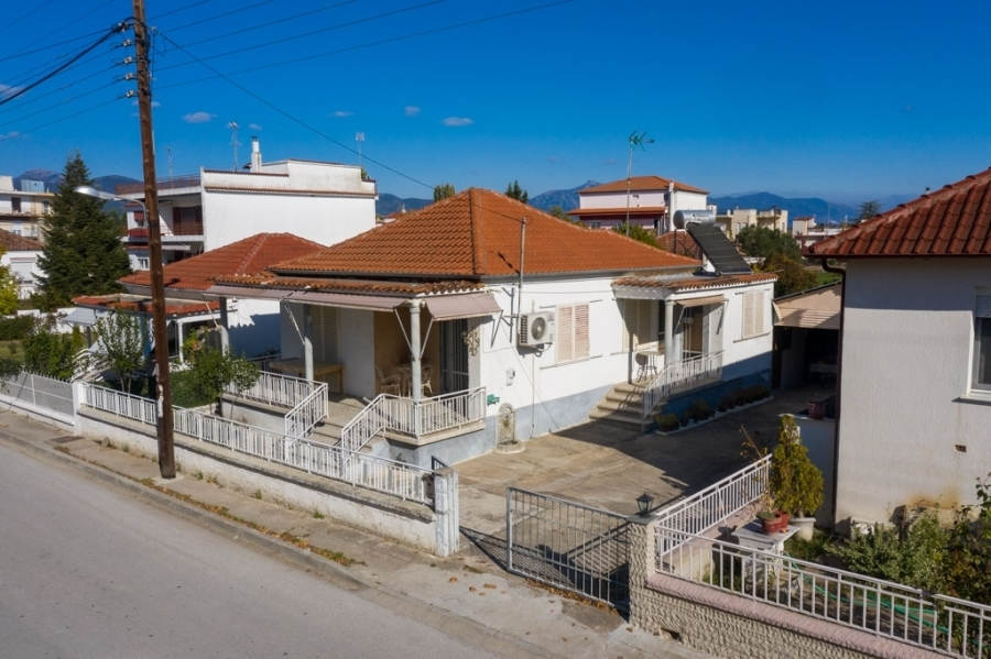 (For Sale) Residential Detached house || Kavala/Chrysoupoli - 72 Sq.m, 2 Bedrooms, 73.000€